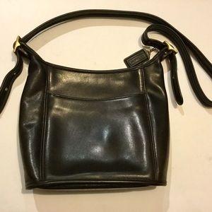 Coach Black leather shoulder bag 9816